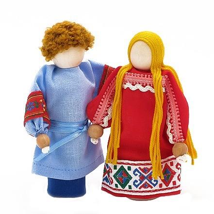 Две народные куклы - миниатюрные деревянные куклы в народном костюме. Кукл